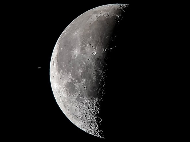 Tin được không: Tấm ảnh Sao Thổ chạm Mặt trăng này được chụp bằng Galaxy S8 gắn kính viễn vọng! - Ảnh 3.