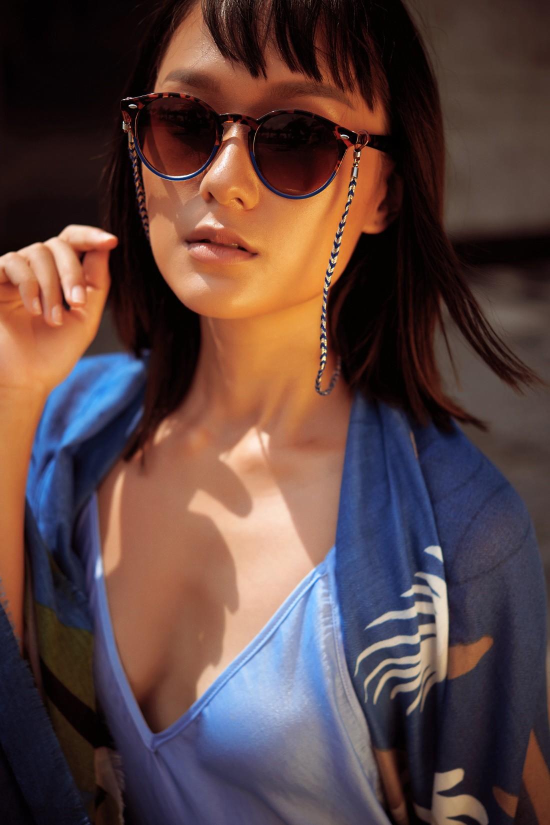 Hồ Thu Anh nổi bật với phụ kiện thời trang của Parfois - Ảnh 4.