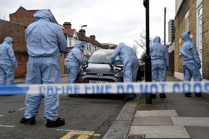 Liên tiếp xảy ra tấn công bằng dao ở London