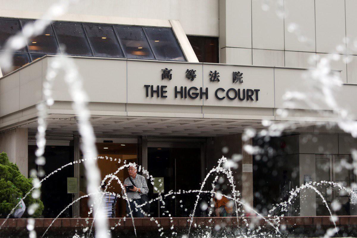 Hồng Kông: Bố cưỡng hiếp con gái ruột 15 tuổi vì tưởng nhầm là vợ, lĩnh án 2,5 năm tù - Ảnh 2.