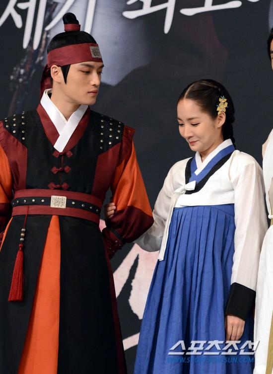 Sự trùng hợp đáng kinh ngạc: 15 nam thần từng hợp tác với Park Min Young đồng loạt dính phốt, nhiều cái tên gây sốc - Ảnh 24.