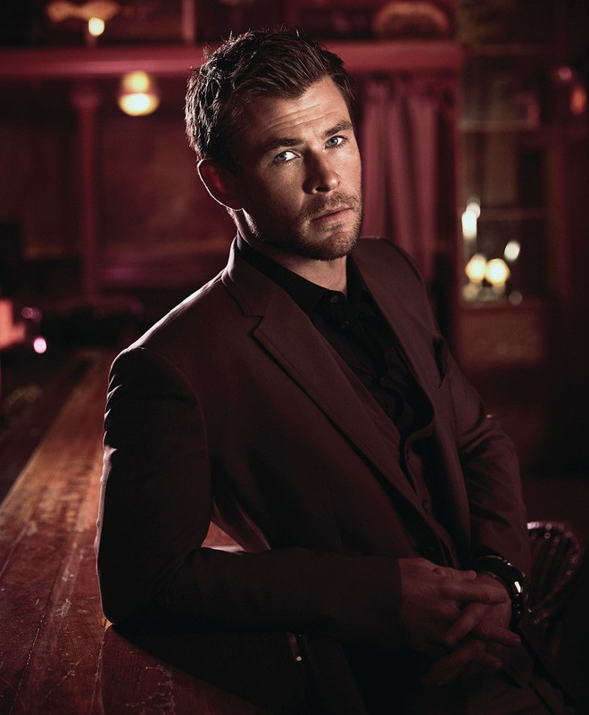 Liam Hemsworth - Liam Hemsworth: Gorgeous as a god, he married a peach girl over 7 years old, he got married too - Photo 2.