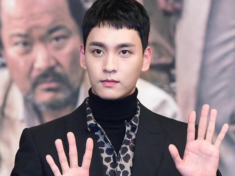 Thêm bạn thân của Seungri, Jung Joon Young bị réo gọi: Bạn trai Park Shin Hye dính tin đồn chỉ vì một động thái - Ảnh 3.