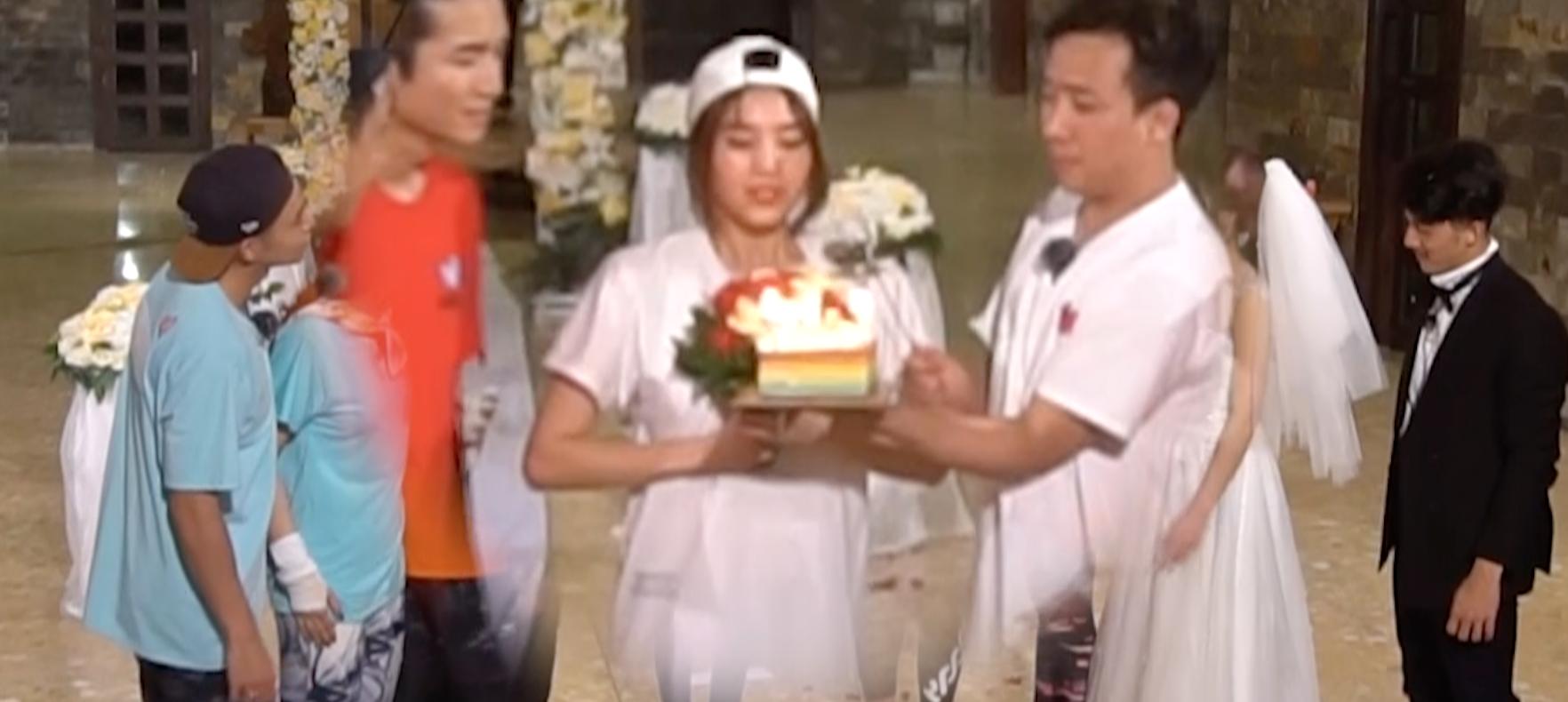 Ninh Dương Lan Ngọc đón sinh nhật lầy lội cùng dàn Running Man nhưng với bối cảnh đám cưới? - Ảnh 3.