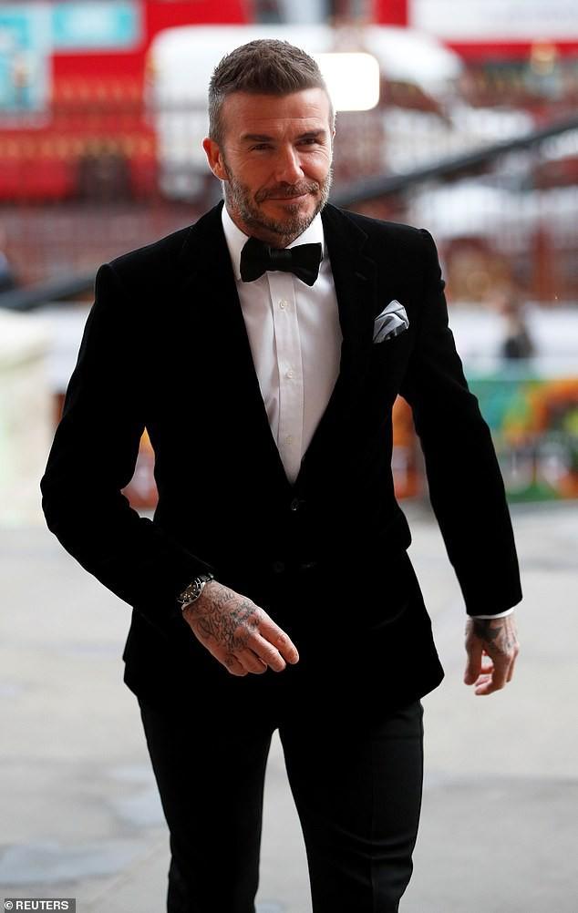 Từ khi nào mà Brooklyn Beckham đã cao ráo, điển trai không kém cạnh gì bố David Beckham rồi - Ảnh 2.