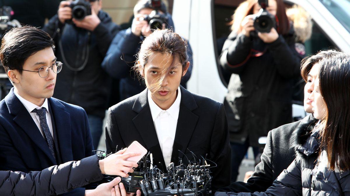 Tìm ra gia thế khủng của quý tử trong chatroom do Jung Joon Young cầm đầu: Con trai giám đốc cấp cao tập đoàn Samsung - Ảnh 1.