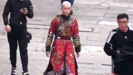 """Lộc Đỉnh Ký lại """"remake"""": Vi Tiểu Bảo cò hương, chẳng bù cho 7 cô vợ đẹp nhức nách! - Ảnh 3."""
