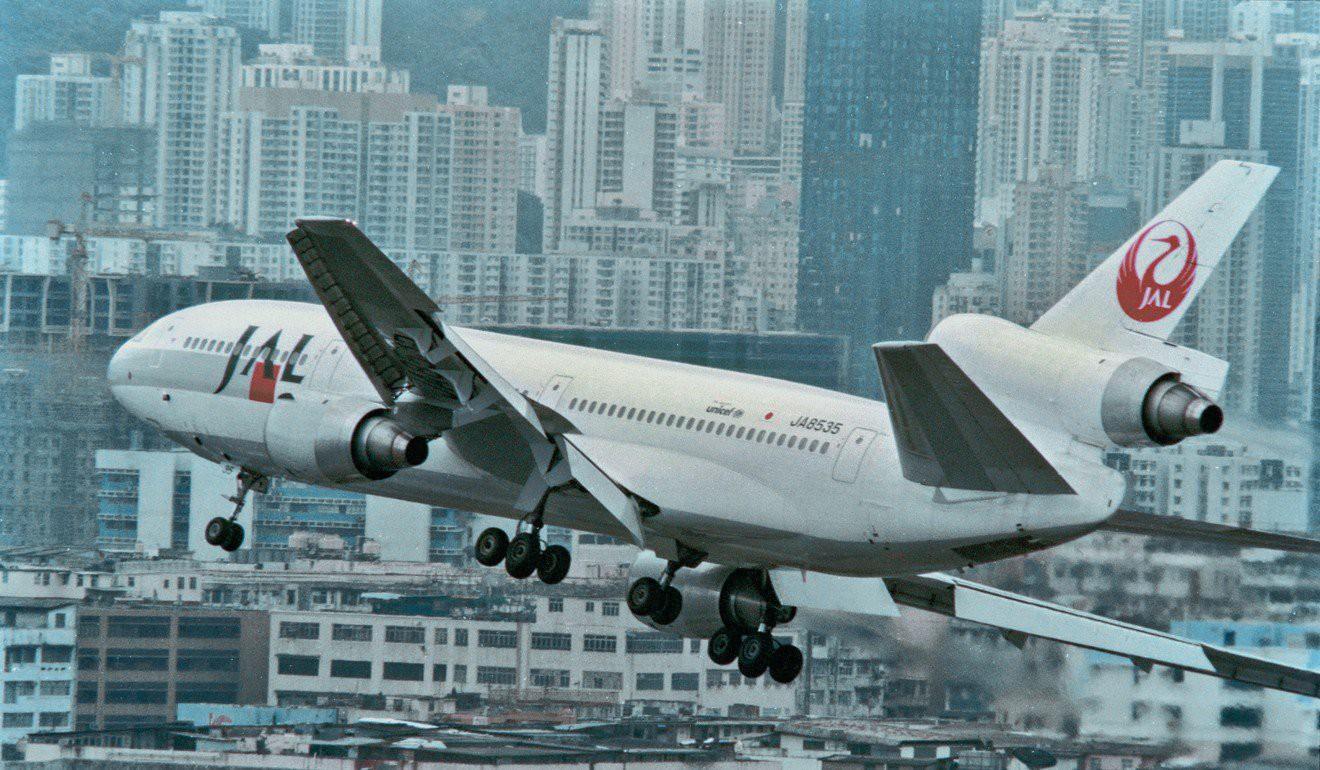 Kai Tak - Sân bay khó hạ cánh nhất thế giới, gắn liền với thời kỳ hoàng kim của Hồng Kông - Ảnh 8.