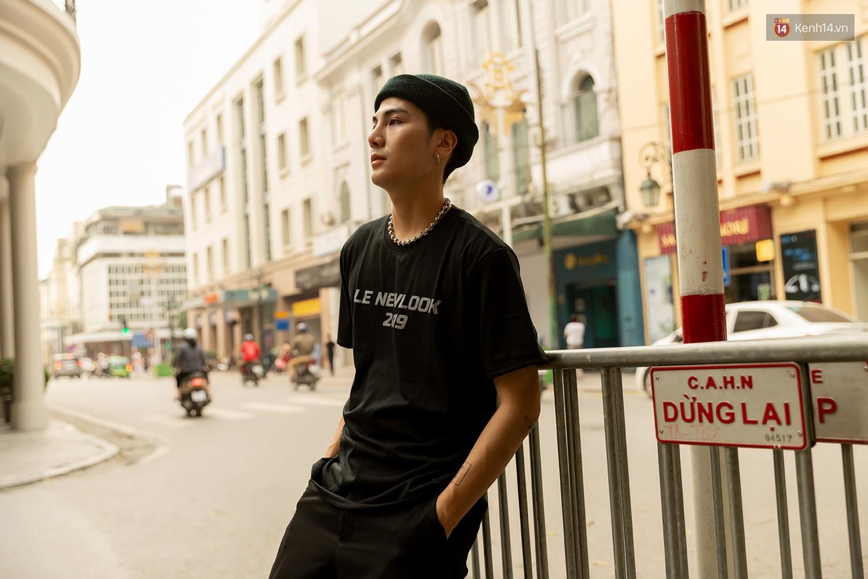 Mới đầu hè, giới trẻ đã khoe street style cực gắt với hot trend đồ hoa cả cành, bodysuit, đồ màu be - Ảnh 17.