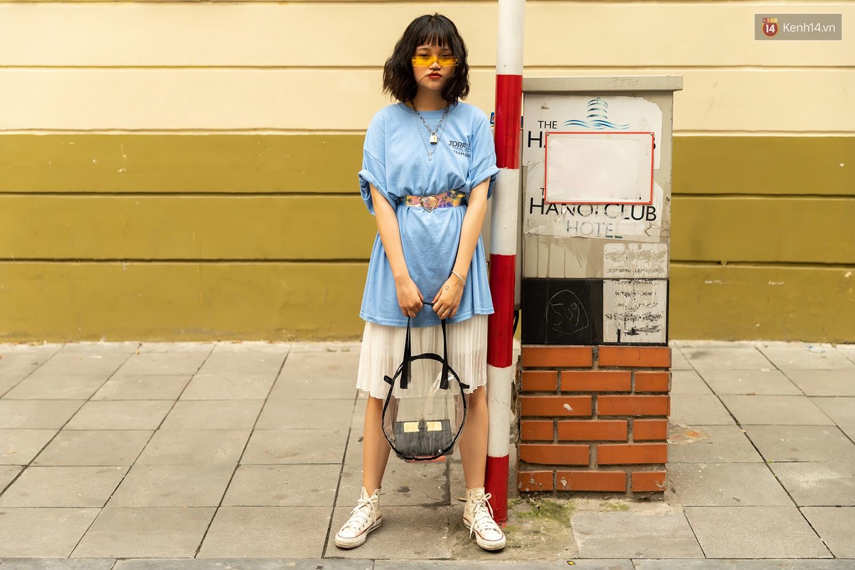 Mới đầu hè, giới trẻ đã khoe street style cực gắt với hot trend đồ hoa cả cành, bodysuit, đồ màu be - Ảnh 13.