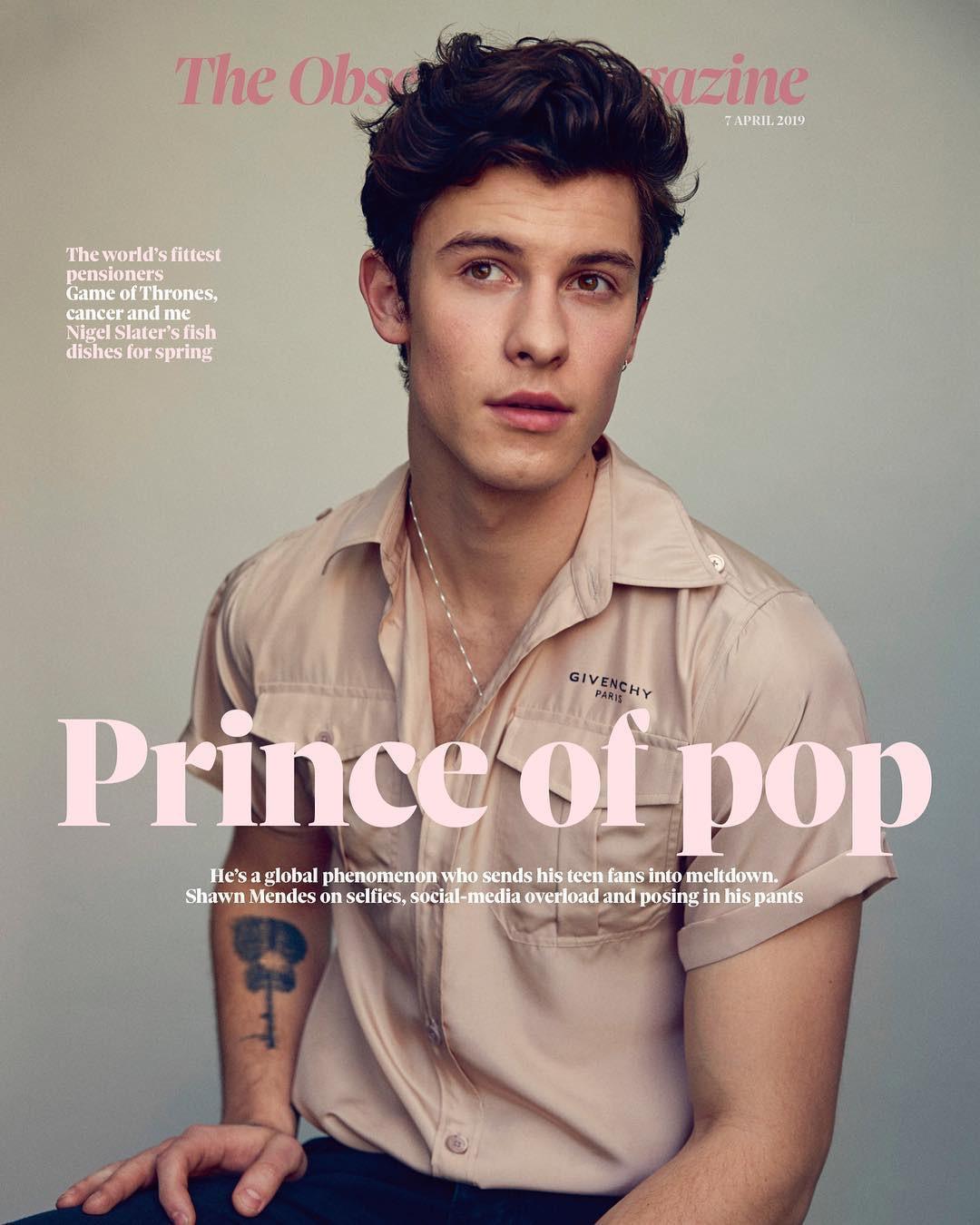 """""""Tình cũ của Hailey"""" Shawn Mendes vừa mới đăng ảnh nhận làm """"Hoàng tử nhạc Pop"""", Justin Bieber lập tức vào bình luận sân si ngay được - Ảnh 1."""