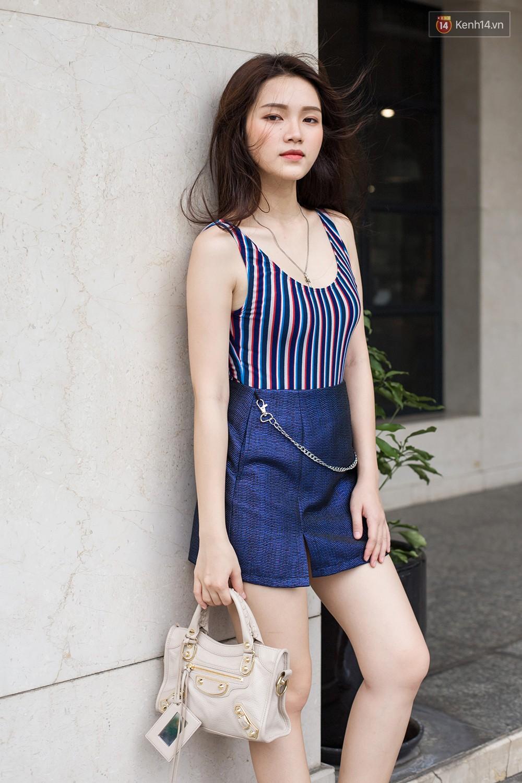 Mới đầu hè, giới trẻ đã khoe street style cực gắt với hot trend đồ hoa cả cành, bodysuit, đồ màu be - Ảnh 1.