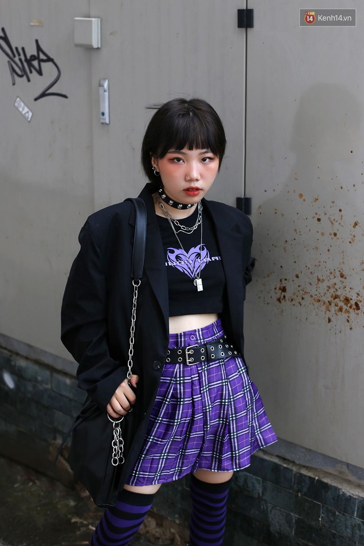 Mới đầu hè, giới trẻ đã khoe street style cực gắt với hot trend đồ hoa cả cành, bodysuit, đồ màu be - Ảnh 9.