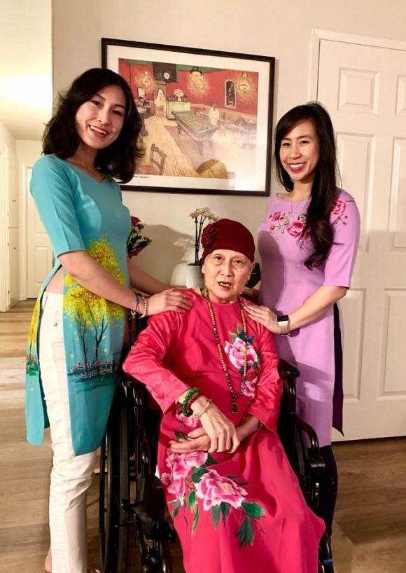 Kathy Uyên đội tang, đưa tro cốt mẹ qua đời tại Mỹ về quê nhà Tiền Giang an táng - Ảnh 4.