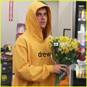 """Thanh niên cuồng vợ Justin Bieber lại khiến dân tình quắn quéo vì quá """"sến"""": Hết mua hoa lại đến làm thơ tình tặng bà xã - Ảnh 2."""