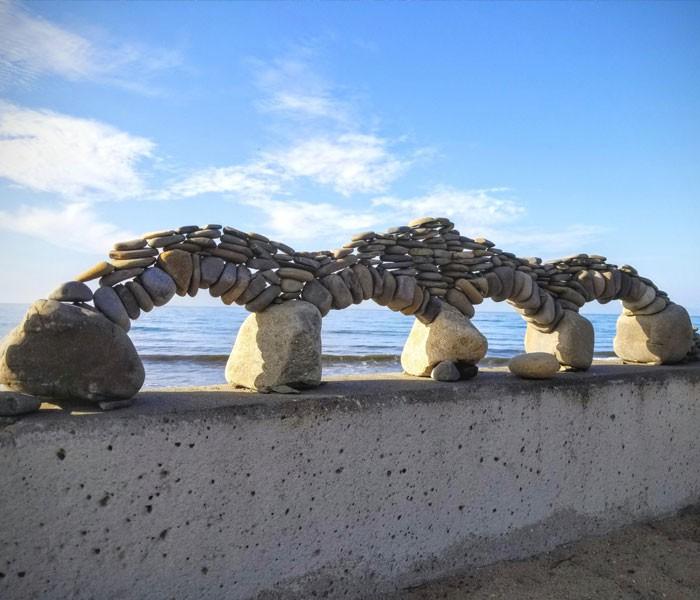 Chùm ảnh: Những tác phẩm nghệ thuật siêu thực nhất của tạo hóa và con người từng được tìm thấy ở bãi biển - Ảnh 6.