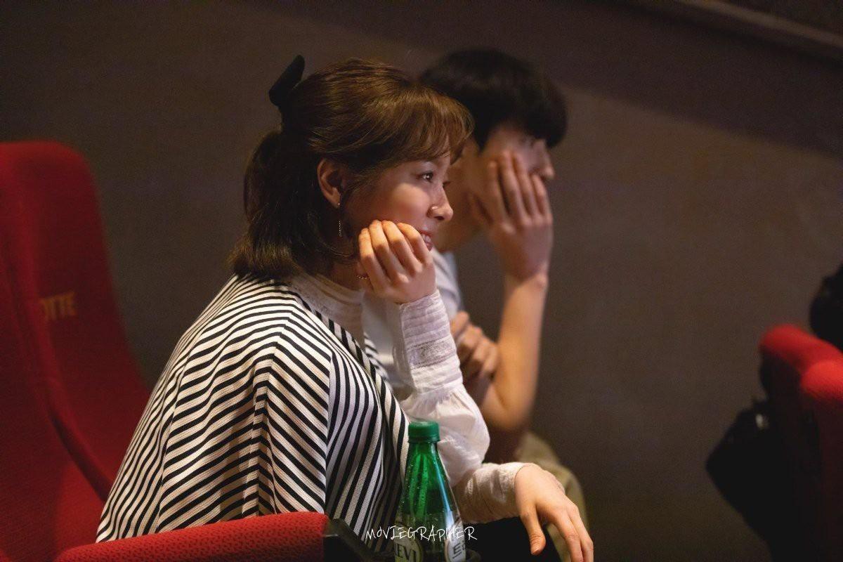 Ảnh Nam Joo Hyuk cùng chị đẹp đi xem phim ngập tràn MXH, nhưng bị gọi tên nhiều nhất lại là 2 nhân vật này! - Ảnh 3.