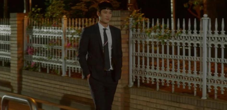 Hậu tỏ tình, Park Min Young lại khiến người yêu tức điên vì dám qua đêm với anh trai nuôi trong Her Private Life! - Ảnh 1.