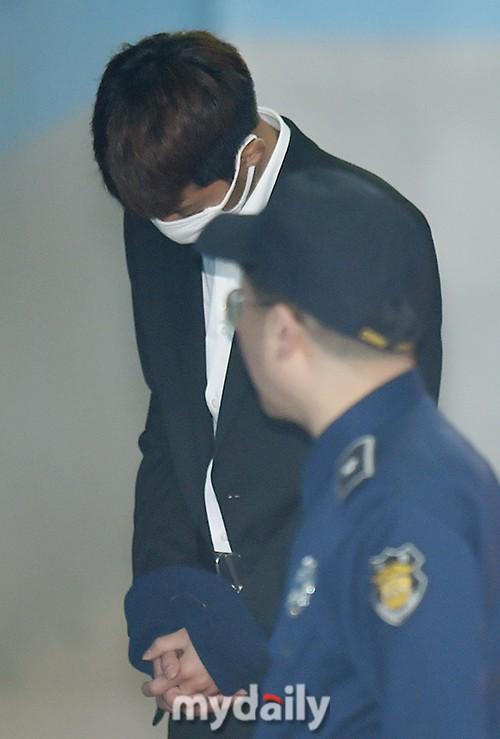 Phiên tòa đầu tiên của Jung Joon Young: Tội phạm tình dục Kbiz thừa nhận mọi cáo buộc từ quay lến đến hiếp dâm tập thể - Ảnh 8.