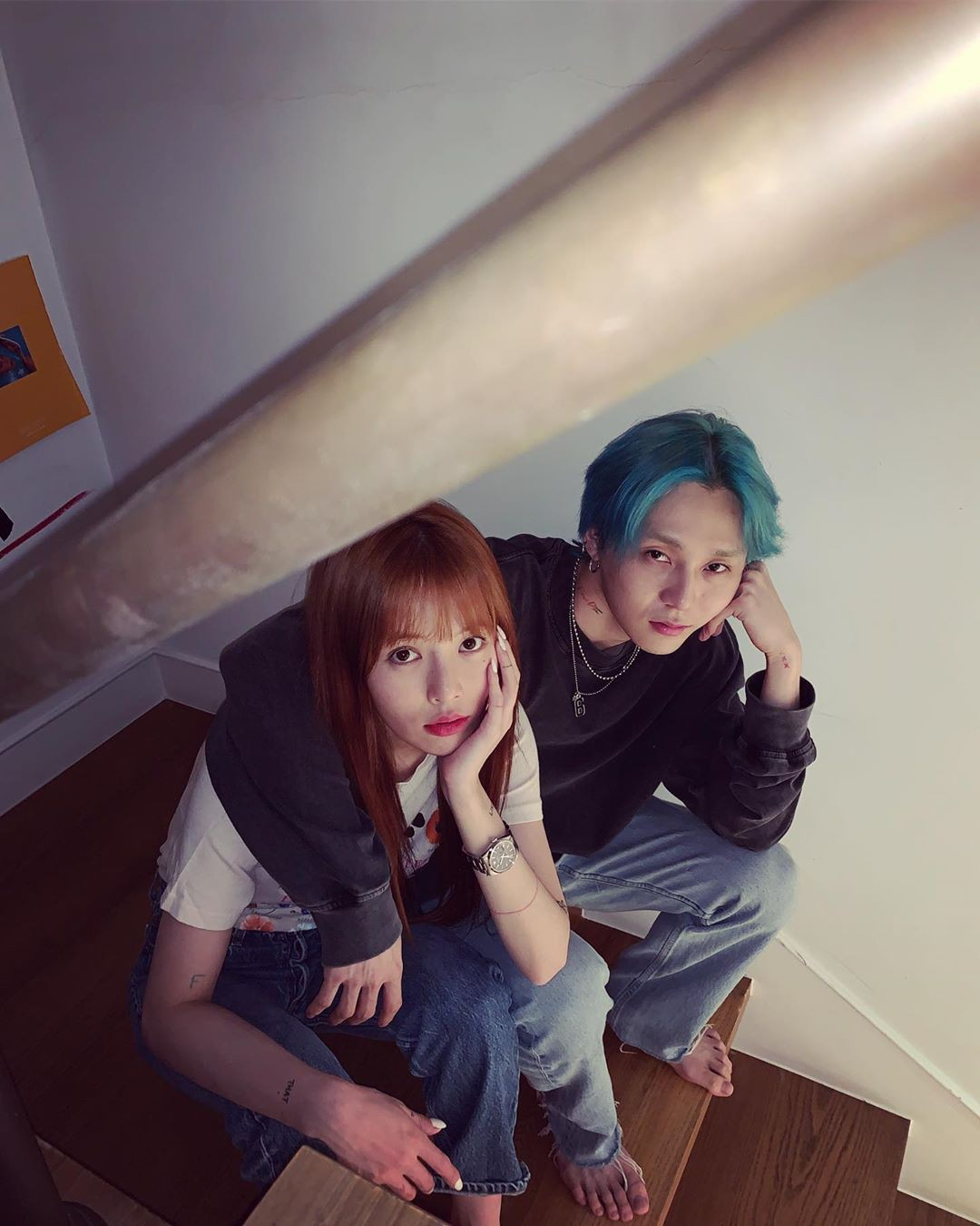 Kỉ niệm 3 năm yêu đương, Hyuna và EDawn khoe ảnh theo phong cách chẳng giống ai nhưng sao mà tình thế này - Ảnh 1.