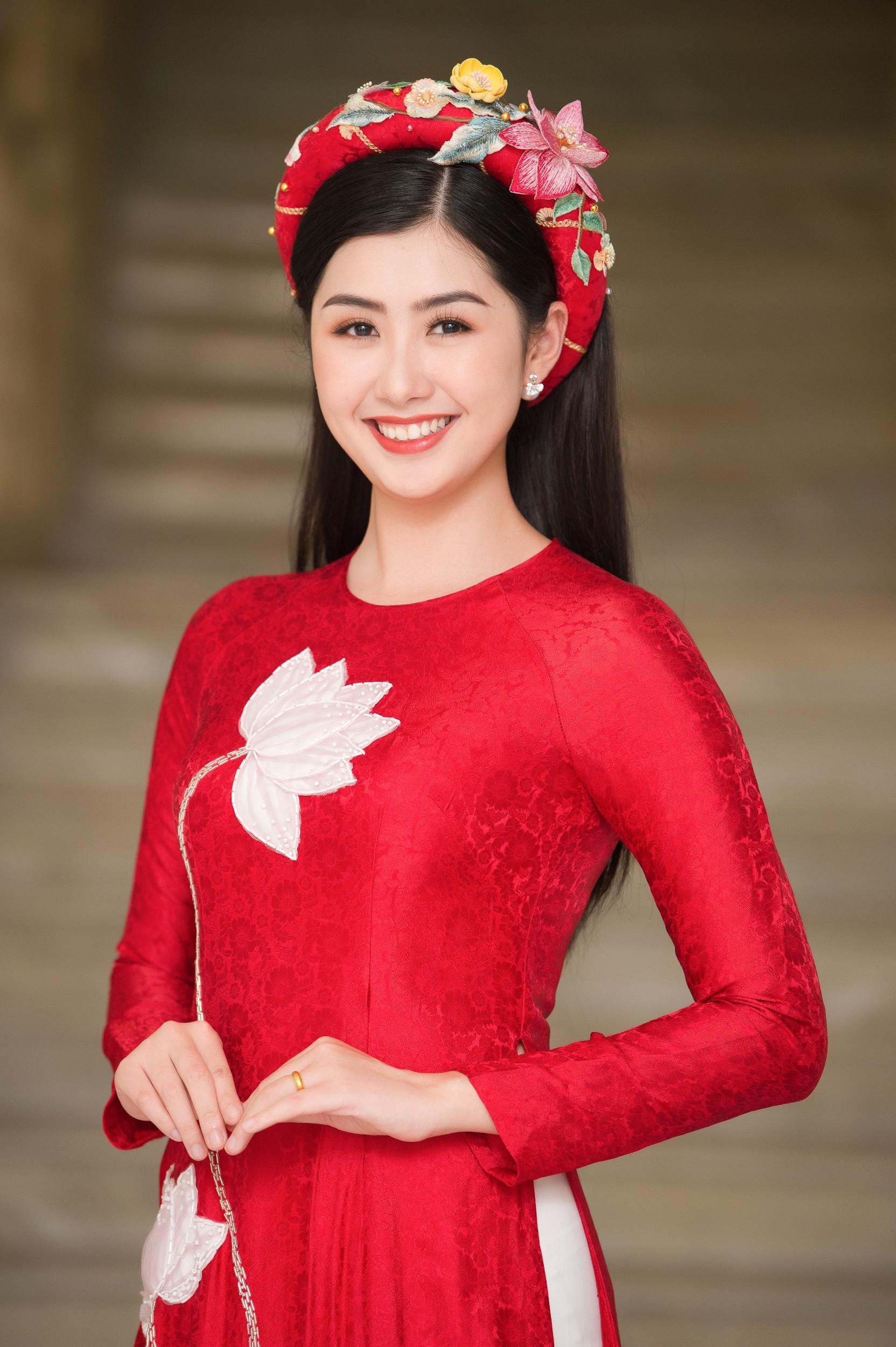 Phương Nga diện áo dài nền nã, thân thiết khi đụng độ bạn gái màn ảnh của Bình An - Ảnh 9.