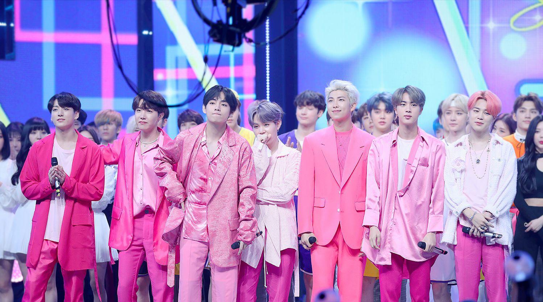 BTS lập thành tích vượt huyền thoại Shinhwa, gấp 3 lần BLACKPINK, san bằng kỉ lục 2019 của SEVENTEEN - Ảnh 2.