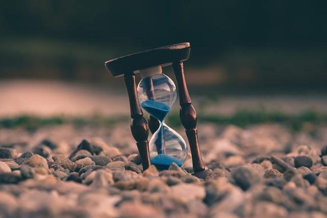 Rơi vào nghịch cảnh, tài sản quý nhất trong tay là thời gian: Chỉ có 24h/ngày, bạn chọn thời gian sống hay thời gian chết? - Ảnh 2.