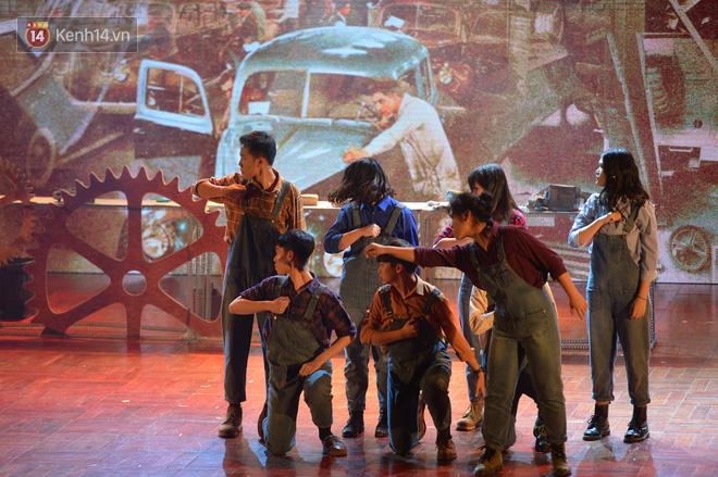 Hiếm có trường THPT nào ở Việt Nam tổ chức được nhạc kịch Tiếng Anh xuất sắc đỉnh cao như học sinh trường Ams - Ảnh 3.
