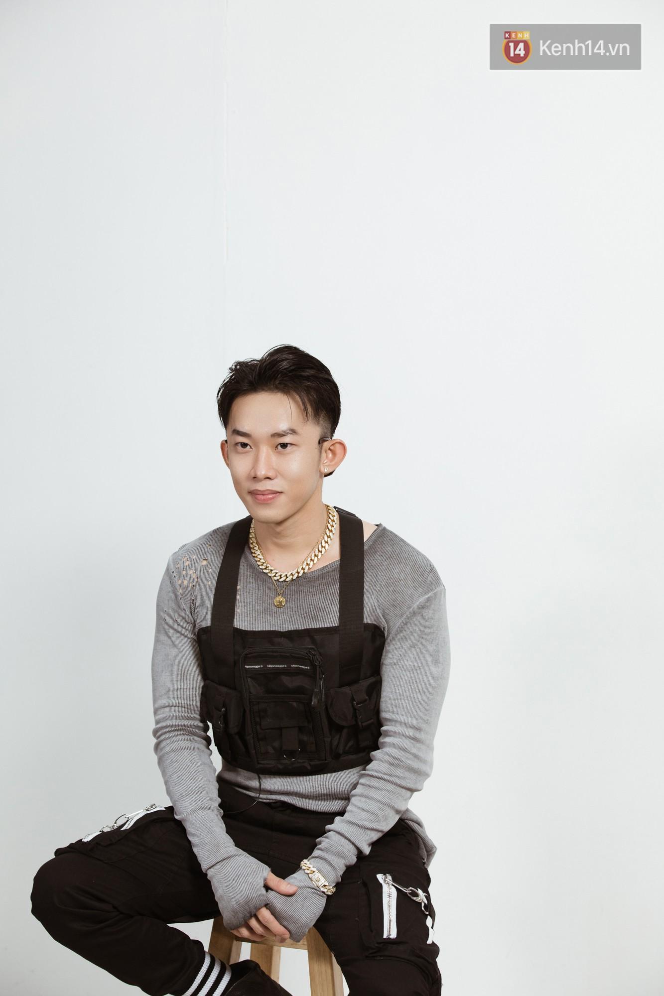 Kay Trần: Rời khỏi sân khấu, tôi còn không rõ con người thật mình là ai - Ảnh 3.