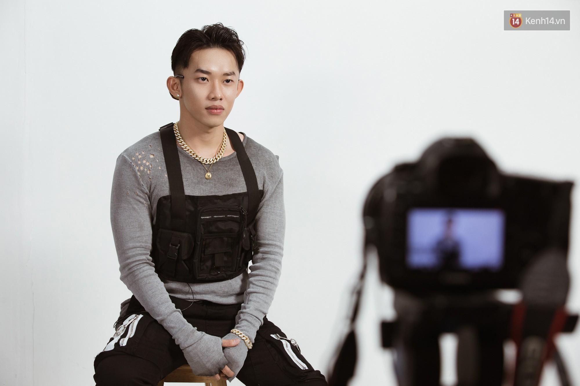 Kay Trần: Rời khỏi sân khấu, tôi còn không rõ con người thật mình là ai - Ảnh 6.