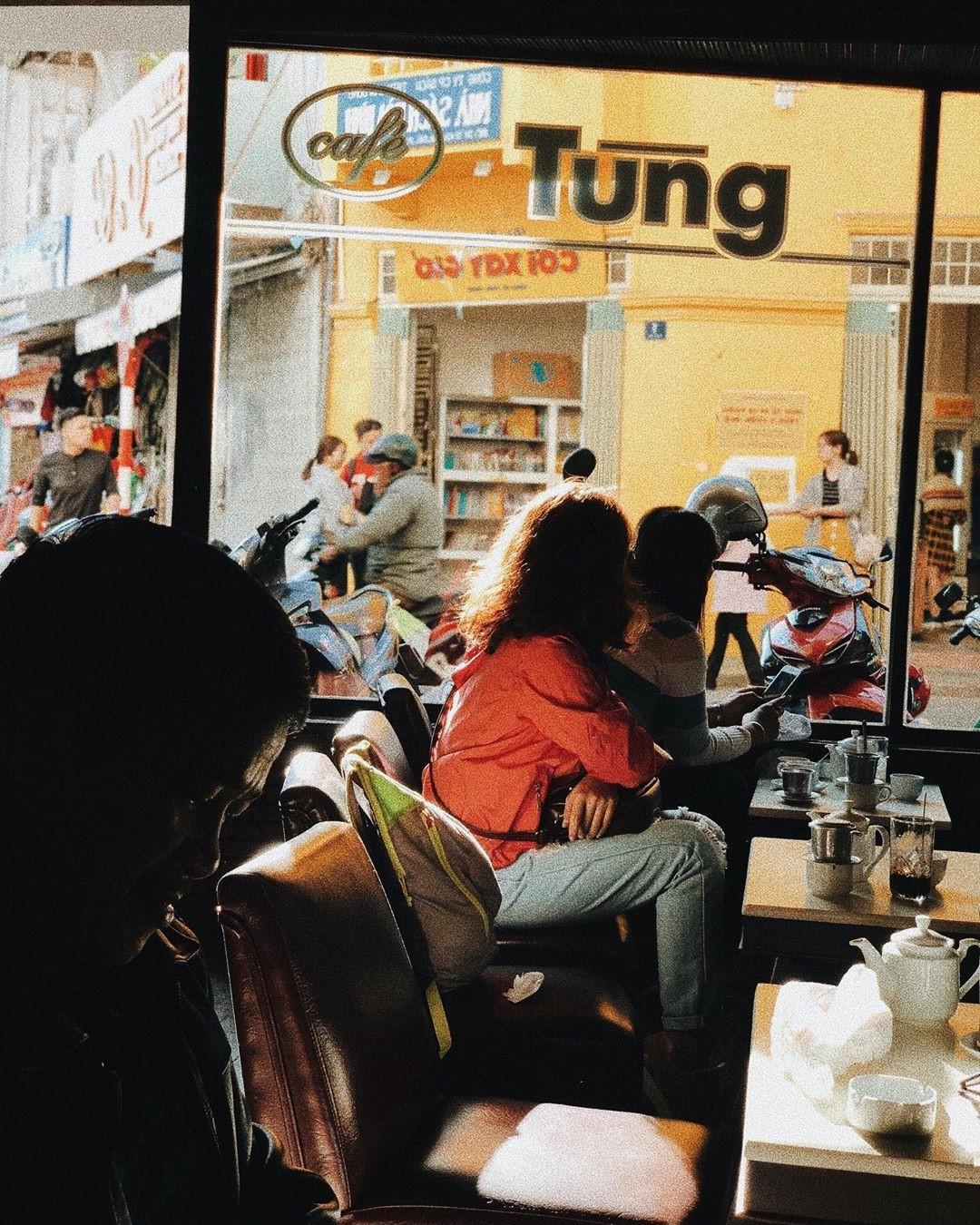 Cafe Tùng và những miền ký ức chưa kể về một hồn thơ Đà Lạt rất riêng, rất cũ giữa thời hiện đại! - Ảnh 20.