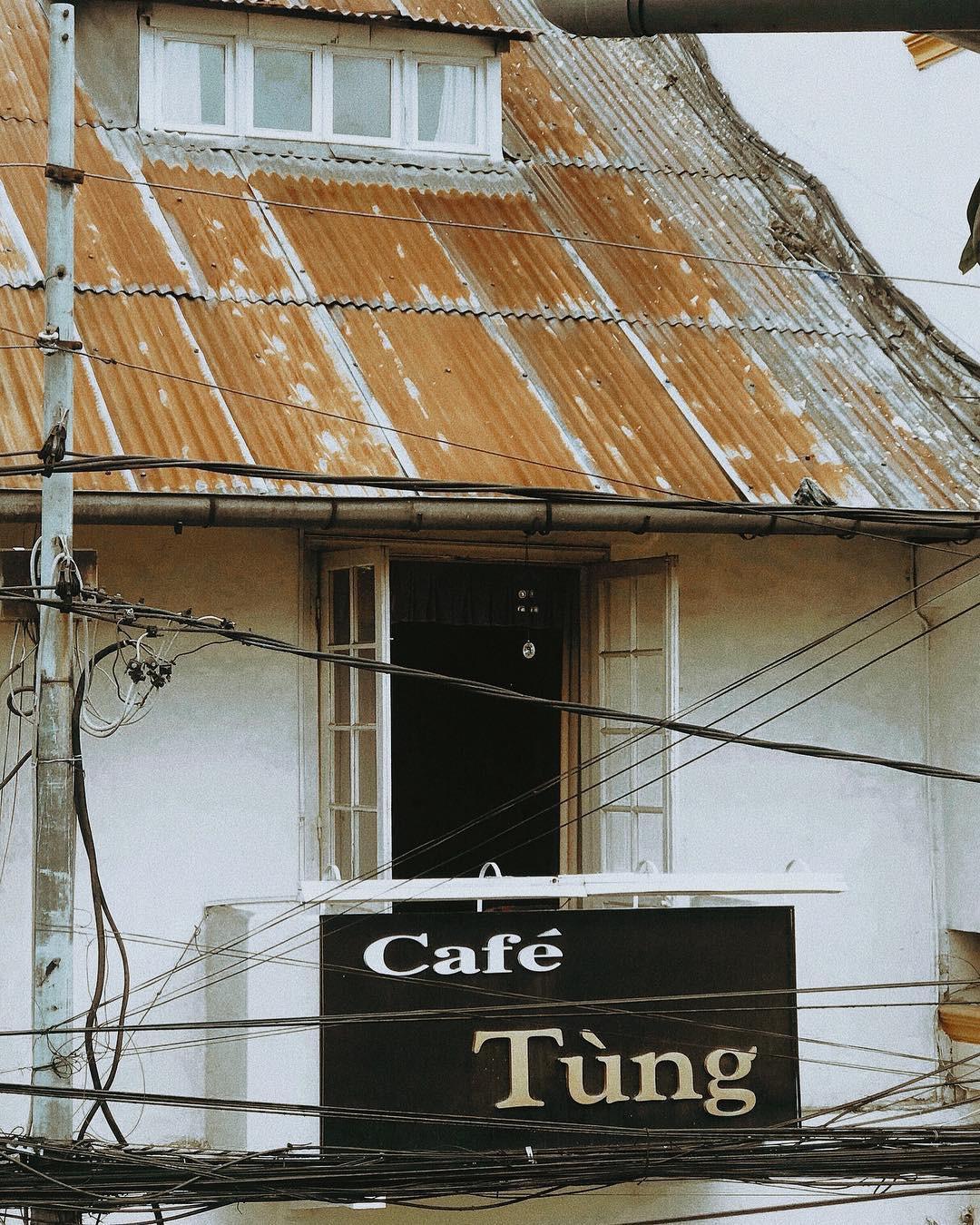Cafe Tùng và những miền ký ức chưa kể về một hồn thơ Đà Lạt rất riêng, rất cũ giữa thời hiện đại! - Ảnh 4.