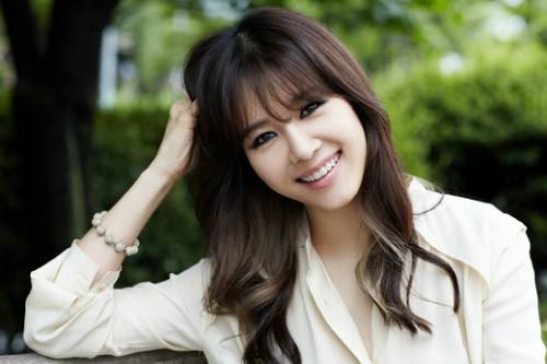 Girlgroup huyền thoại mừng 21 năm debut: Lee Hyori đọ sắc nữ thần Sung Yuri, bàn tiệc hội tụ toàn mỹ nhân quyền lực - Ảnh 8.