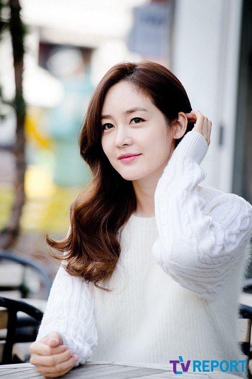 Girlgroup huyền thoại mừng 21 năm debut: Lee Hyori đọ sắc nữ thần Sung Yuri, bàn tiệc hội tụ toàn mỹ nhân quyền lực - Ảnh 7.