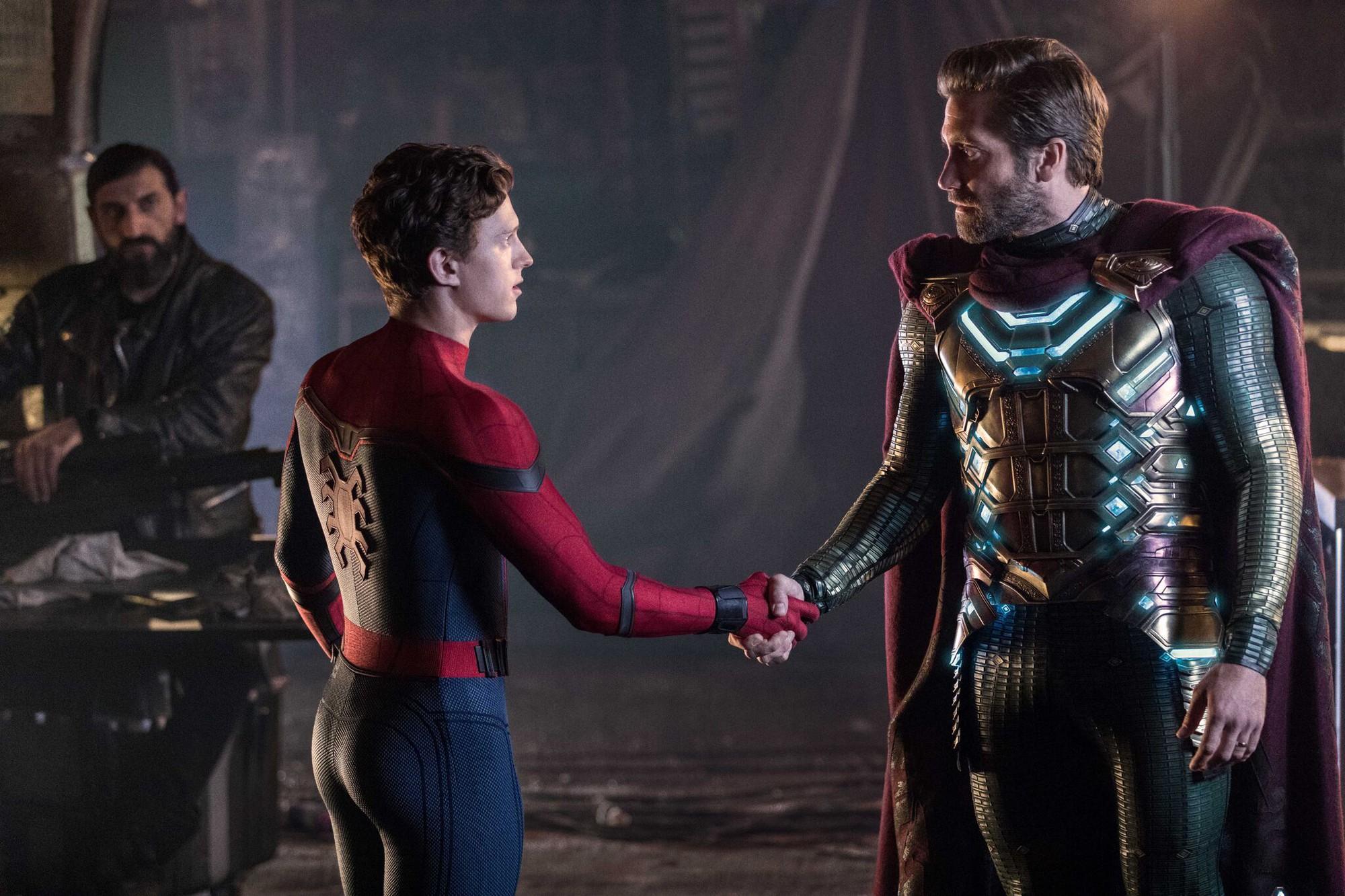 FAR FROM HOME sẽ có màn phối hợp đỉnh cao giữa Spider-Man và Mysterio? - Ảnh 2.