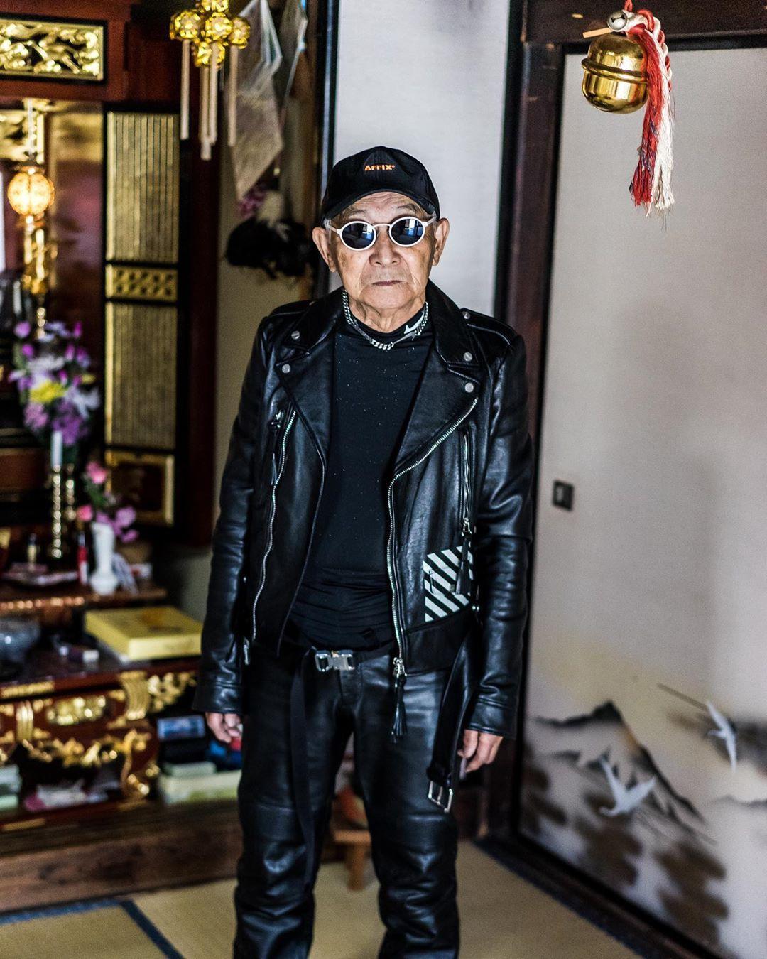 Internet phát sốt với cụ ông ăn chơi nhất Nhật Bản: 84 tuổi vẫn diện đồ hiệu nghìn USD, thần thái ngút trời - Ảnh 3.