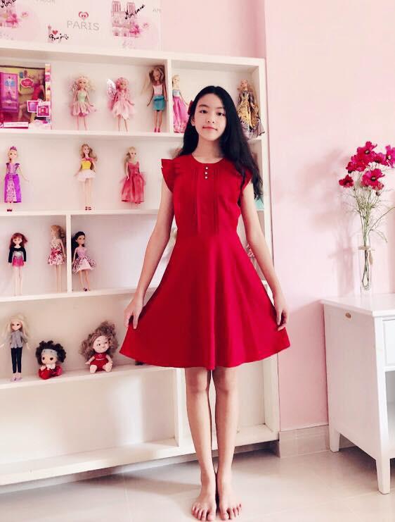 """""""Công chúa"""" 14 tuổi nhà Quyền Linh: Cao 1m7, sở hữu vẻ đẹp mong manh và được ví là bản sao của Trương Bá Chi - Ảnh 5."""