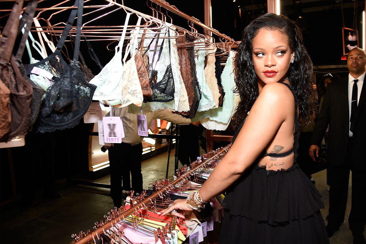 Tưởng mất tích, hóa ra Rihanna đang dựng hẳn một nhà mốt với tập đoàn thời trang lớn nhất thế giới - Ảnh 1.
