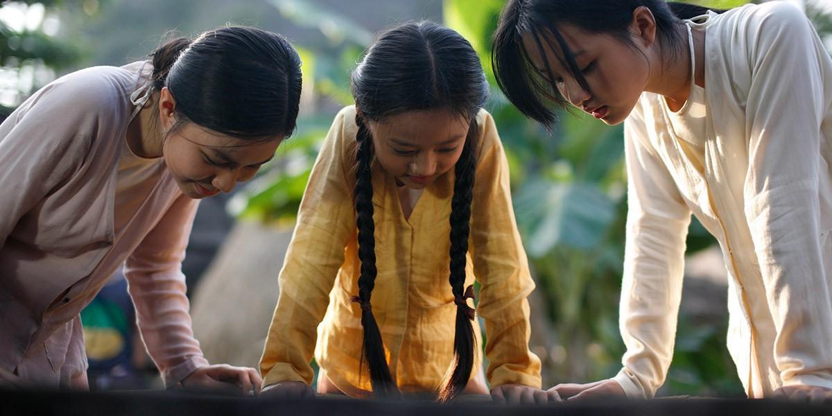 Người Vợ Ba: Vẻ đẹp nước đôi giữa truyền thống và câu chuyện phụ nữ hậu hiện đại - Ảnh 11.