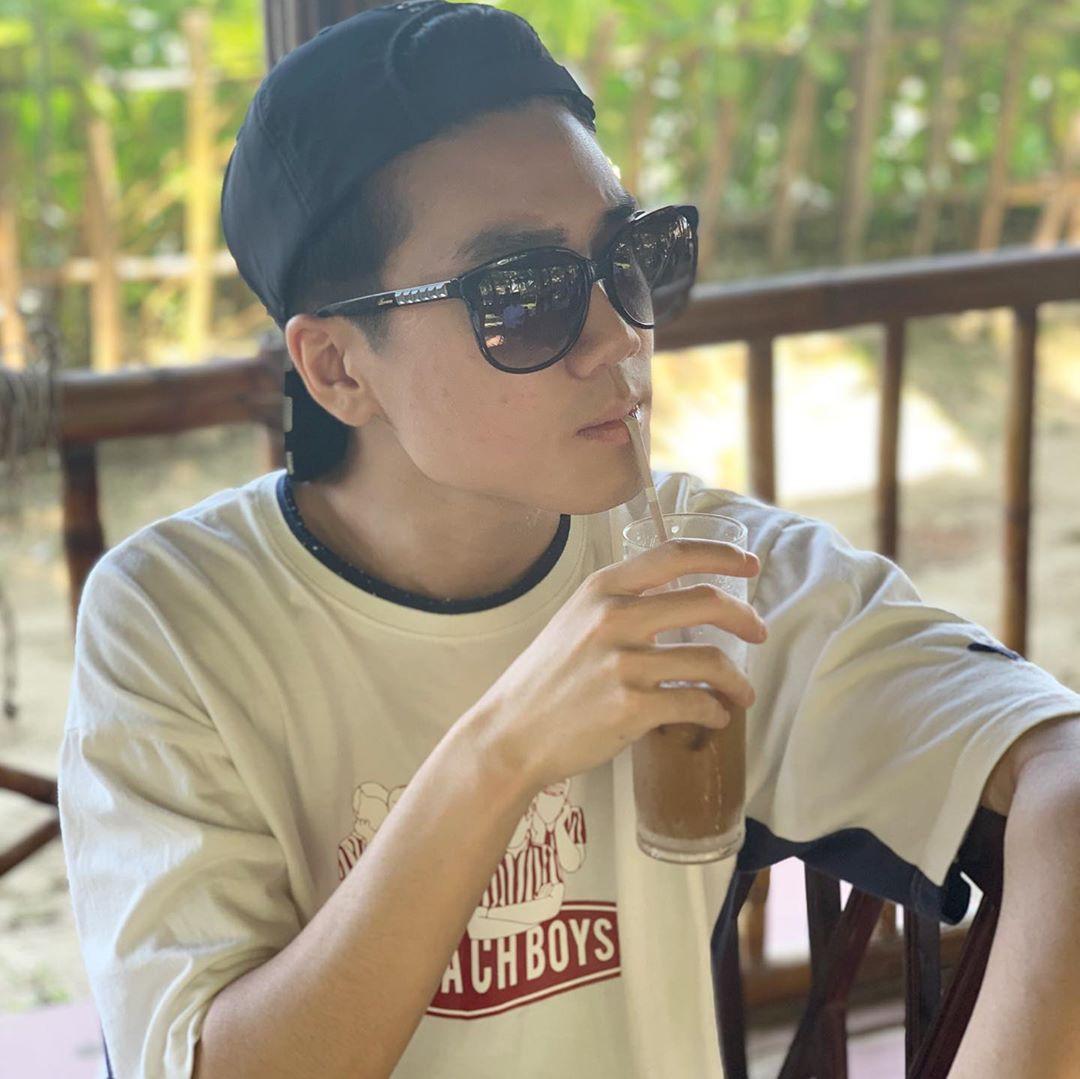 Dàn game thủ vô địch LMHT thế giới năm 2017 du hí tại Việt Nam xinh trai chẳng kém tài tử điện ảnh - Ảnh 2.