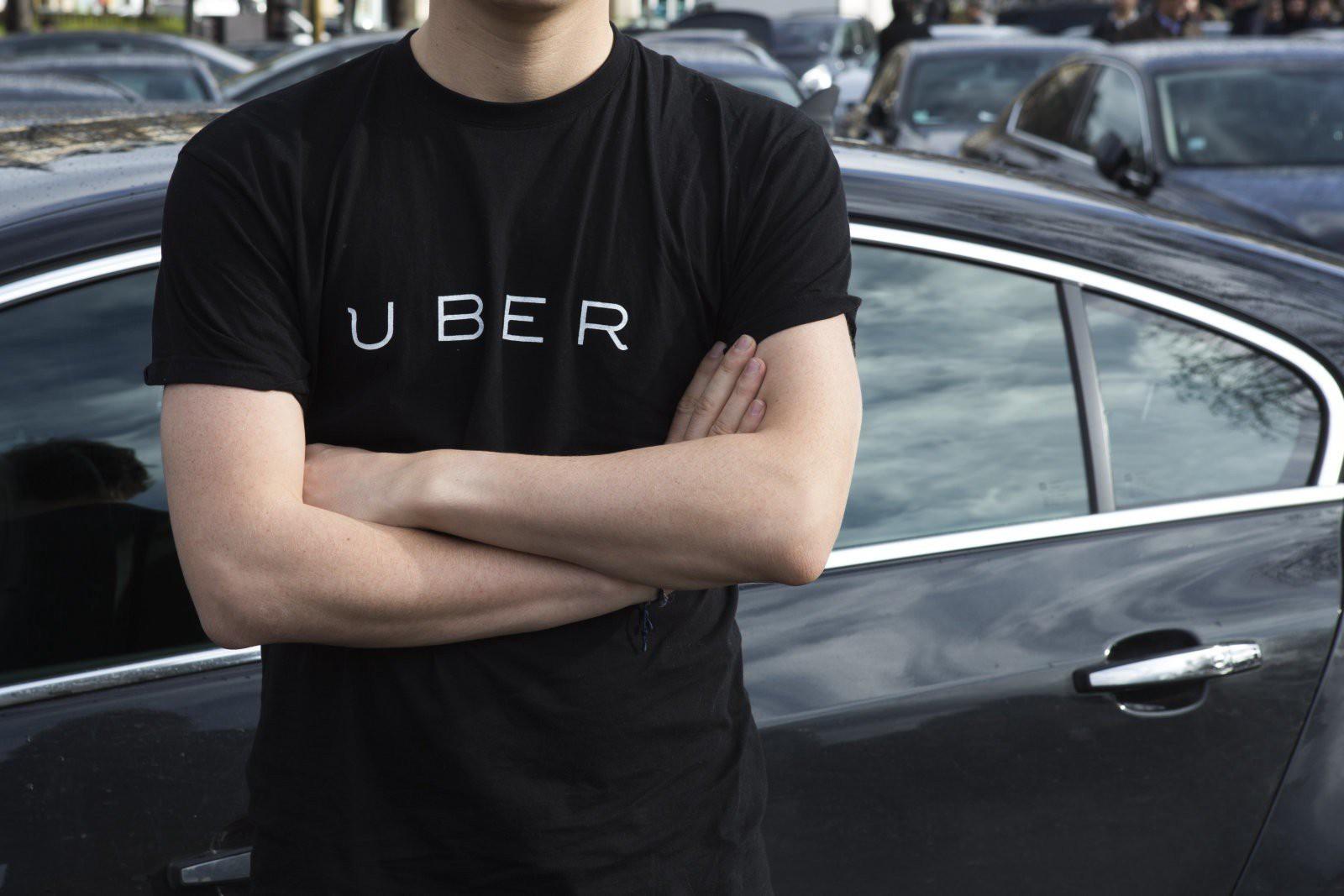 Dịch vụ im lặng là vàng cho tài xế Uber mồm mép tép nhảy: Muốn im lặng phải xì thêm tiền ra! - Ảnh 1.