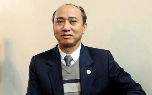 Tổng giám đốc Nhật Cường Mobile bị bắt, cửa hàng đóng cửa: Khách muốn bảo hành sản phẩm phải làm thế nào? - Ảnh 2.