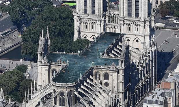 Sáng kiến xây hồ bơi chân mây trên nóc Nhà thờ Đức Bà Paris khiến những người theo truyền thống tức giận - Ảnh 1.