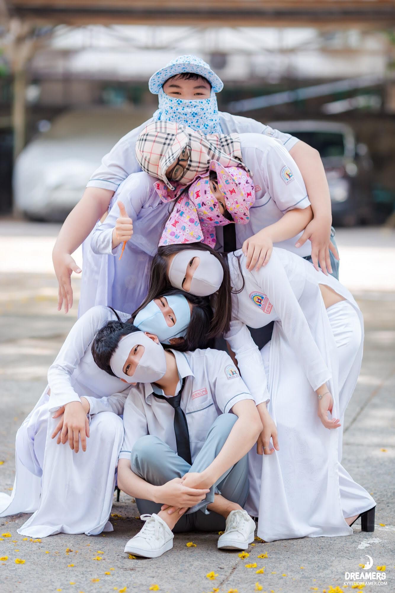 Muốn có bộ ảnh khó quên thời học sinh, hãy nhanh tay học hỏi style Ninja Lead từ các bạn này - Ảnh 1.