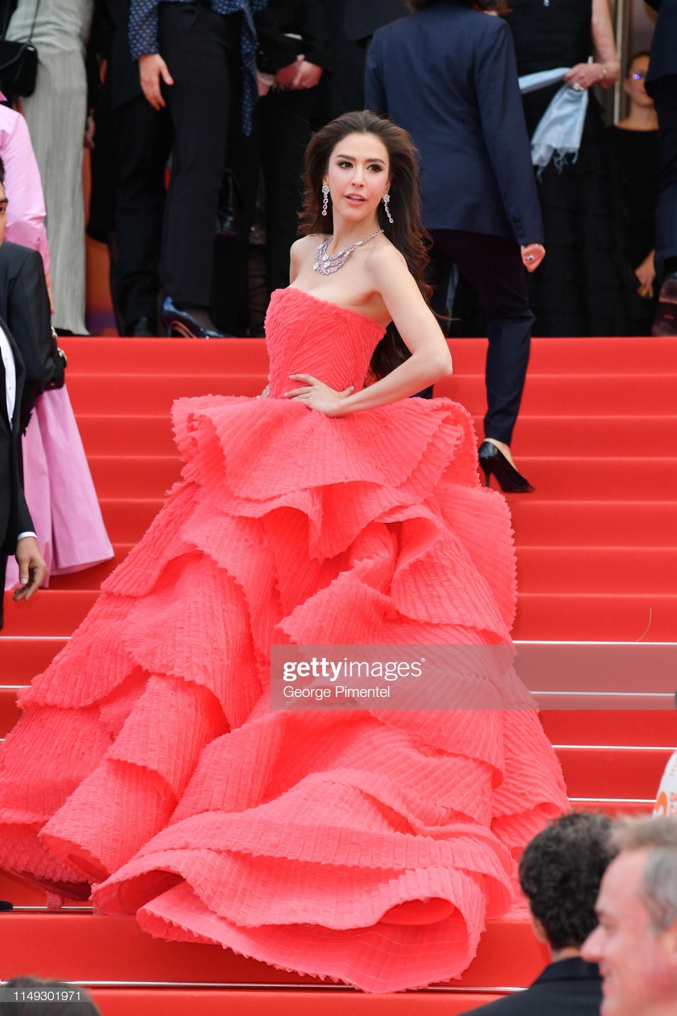 Ngày thứ 2 Cannes xuất hiện nữ thần nhan sắc chặt chém thảm đỏ, khiến Phạm Băng Băng Thái Lan chịu lép vế - Ảnh 8.
