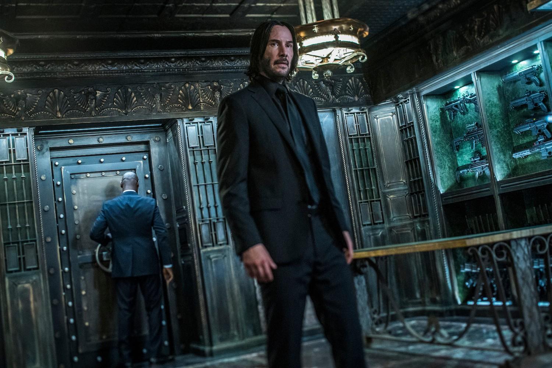 Xem gì tuần này: Phim Việt 18+ Người Vợ Ba so găng John Wick 3 nghẹt thở của Keanu Reeves - Ảnh 4.
