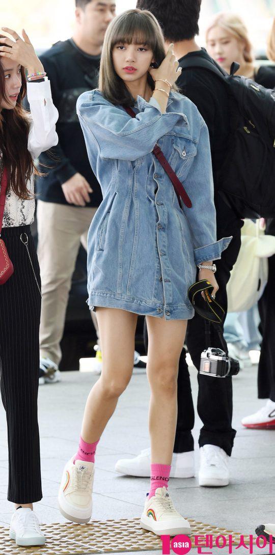 BLACKPINK gây náo loạn sân bay: Jennie và Lisa như đi catwalk, Jisoo lại chiếm trọn spotlight vì đẹp xuất thần - Ảnh 13.
