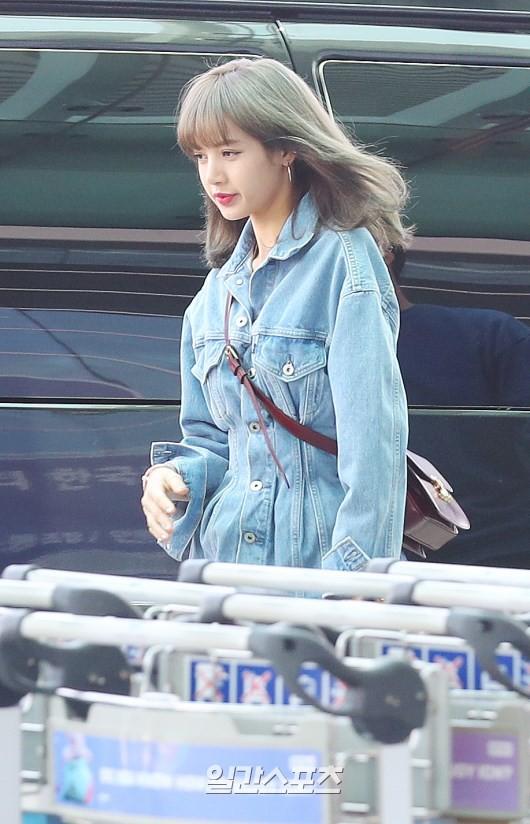 BLACKPINK gây náo loạn sân bay: Jennie và Lisa như đi catwalk, Jisoo lại chiếm trọn spotlight vì đẹp xuất thần - Ảnh 9.