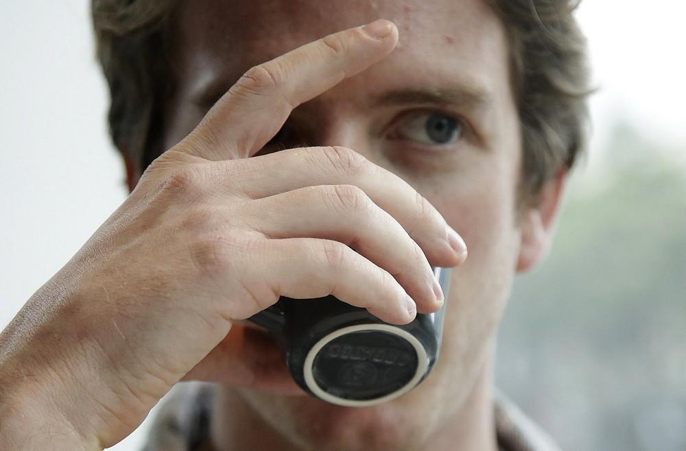 Soi tách cà phê đắt nhất thế giới giá 1,7 triệu đồng - Ảnh 3.