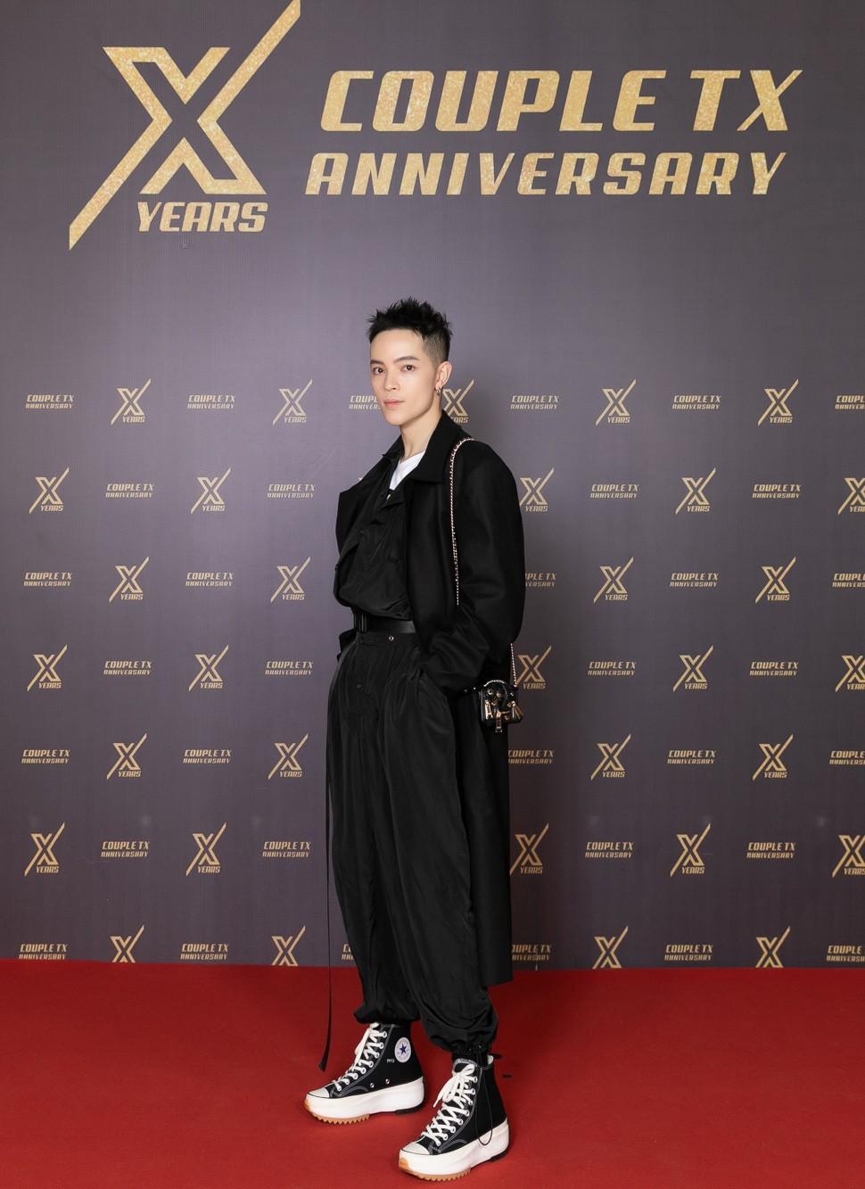 Dàn sao Việt đình đám quy tụ trong fashion show hoành tráng do Thanh Hằng làm vedette - Ảnh 5.
